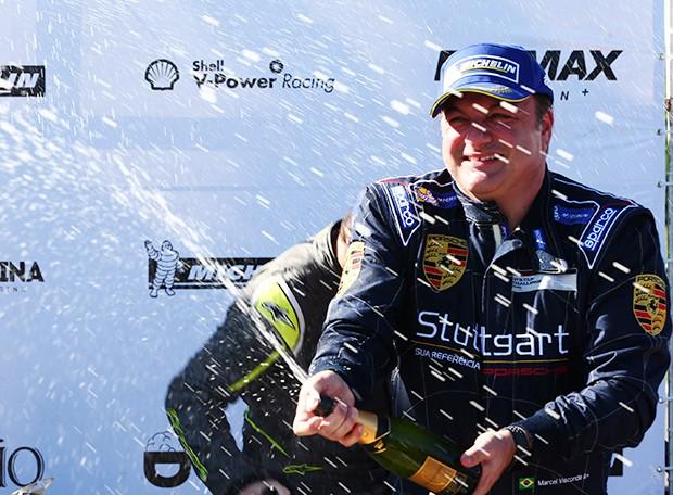 Marcel Visconde pódio na categoria Sport (Foto: Divulgação/Luca Bassani/Porsche Império GT3)