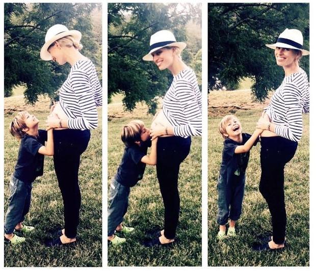 Karolina Kurkova e o filho, Tobias (Foto: Reprodução/Instagram)