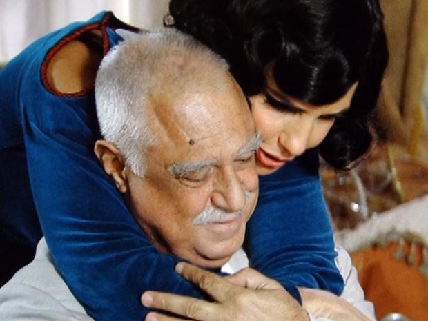 Maria Machadão se emociona (Foto: Gabriela / TV Globo)