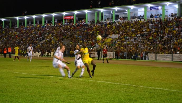 Genus 0 x 1 Ponte Preta - Copa do Brasil (Foto: Emanuele Madeira/GloboEsporte.com)