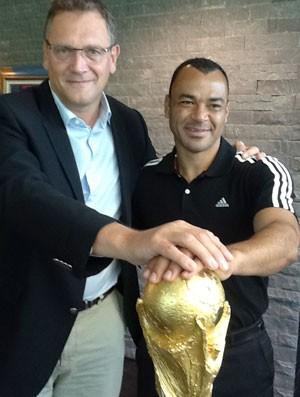 cafu taça copa do mundo (Foto: Joana de Assis / Globoesporte.com)
