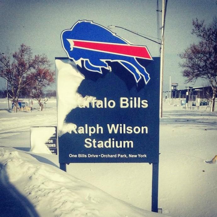 Buffalo Bills pagará US$ 10 (R$ 25) por hora para quem trabalhar na remoção da neve (Foto: Divulgação)