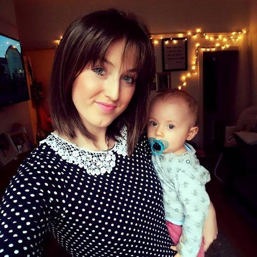 Sarah e Teddy (Foto: Reprodução - Facebook)