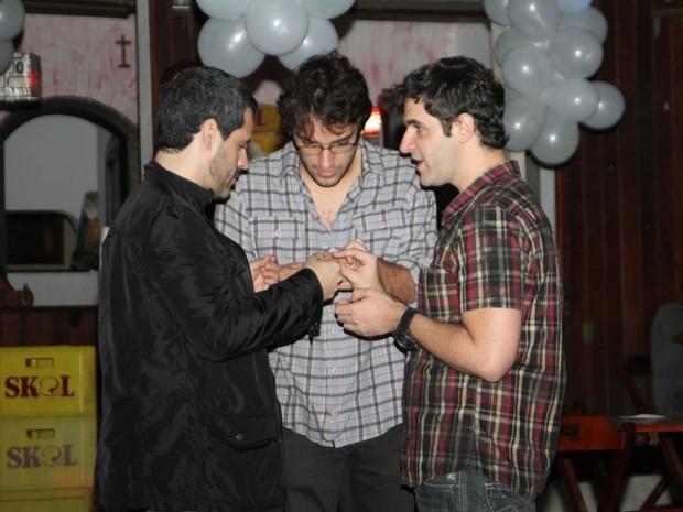 Bruno Garcia, Humberto Carrão e Rodrigo Lopez em festa no Rio (Foto: Anderson Borde/ Ag. News)