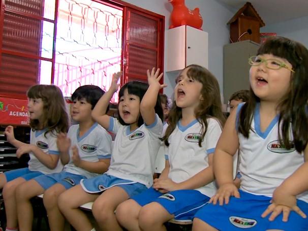 Desenho Turma do Tuba promove inclusão social em escola de Campo Grande (Foto: Globo)