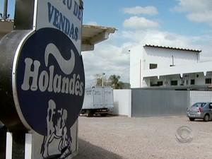 26 pessoas foram contaminadas pela ingestão de leite (Foto: Reprodução/RBS TV)