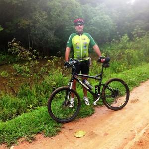 Guilherme Cassini Júnior, 50, já participou de quatro bike romarias (Foto: Arquivo pessoal/Divulgação)