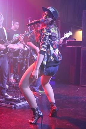 Anitta se apresenta em boate em São Paulo (Foto: Thiago Duran/ Ag. News)