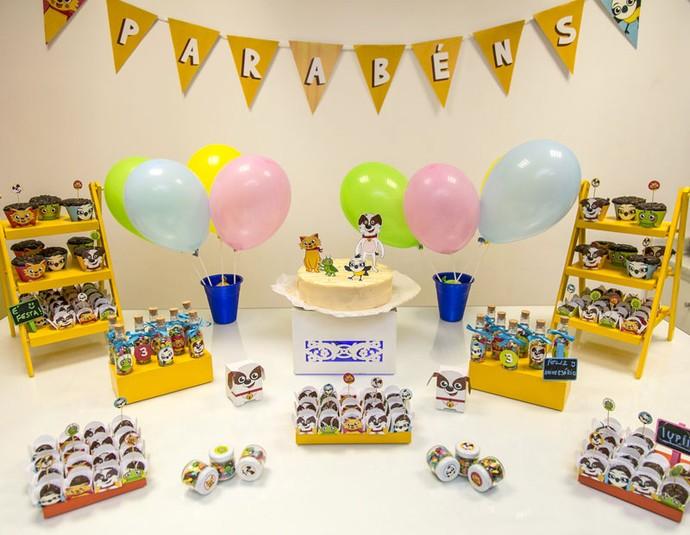 Monte uma festa de aniversário decorada com os personagens de 'Tito Cachorrinho e Sua Turma' (Foto: Isabella Pinheiro / Gshow)