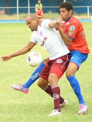 Sharlei, atacante da Desportiva Ferroviária (Foto: Henrique Montovanelli/Desportiva Ferroviária)