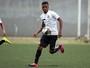 Proposta do Liverpool obriga Santos a correr para tentar renovar com joia