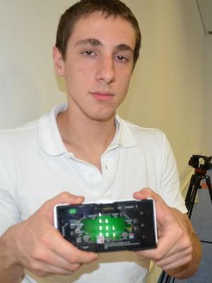 Ex-aluno de pôquer da Unicamp em Limeira (Foto: Alessandro Meirelles/ G1)