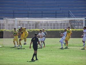 Mirassol, mesmo jogando mal, garante vitória por 3 a 0 sobre a CAV (Foto: Vinícius de Paula/Mirassol FC)