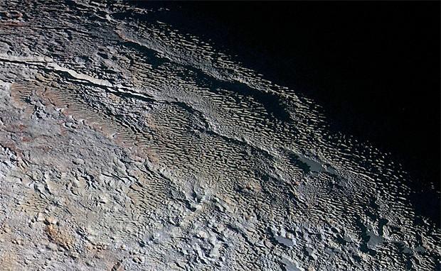 Novas imagens mostram 'escamas de dragão' na superfície de Plutão