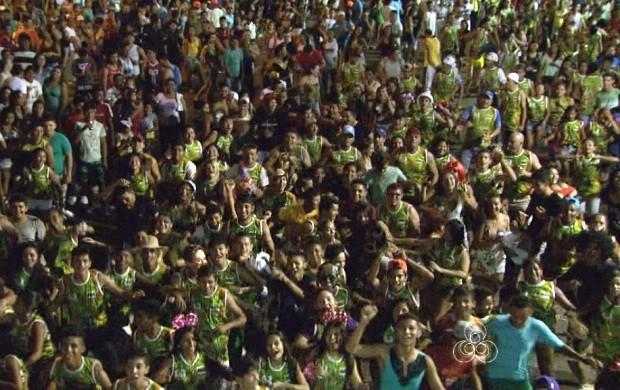 Festa atraiu milhares de foliões para as ruas (Foto: Bom Dia Amazônia)