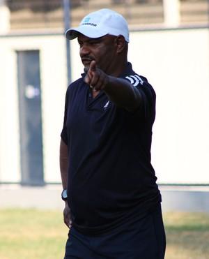 Cícero Monteiro, treinador do Comercial (Foto: Wenner Tito )