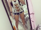 Ex-BBB Paulinha escolhe shortinho jeans para badalar