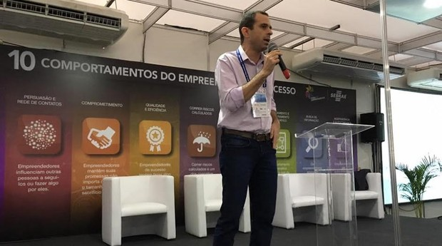 Gian Taralli, economista e dono da consultoria Swarms, em palestra  na Feira do Empreendedor 2017 (Foto: Caio Patriani)