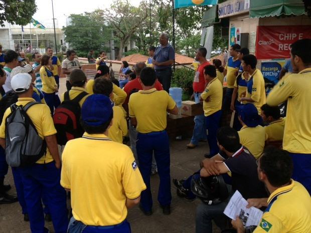 Correios de Rondônia aderiram à paralisação nacional nesta terça-feira (25) (Foto: Vanessa Vasconcelos/G1)