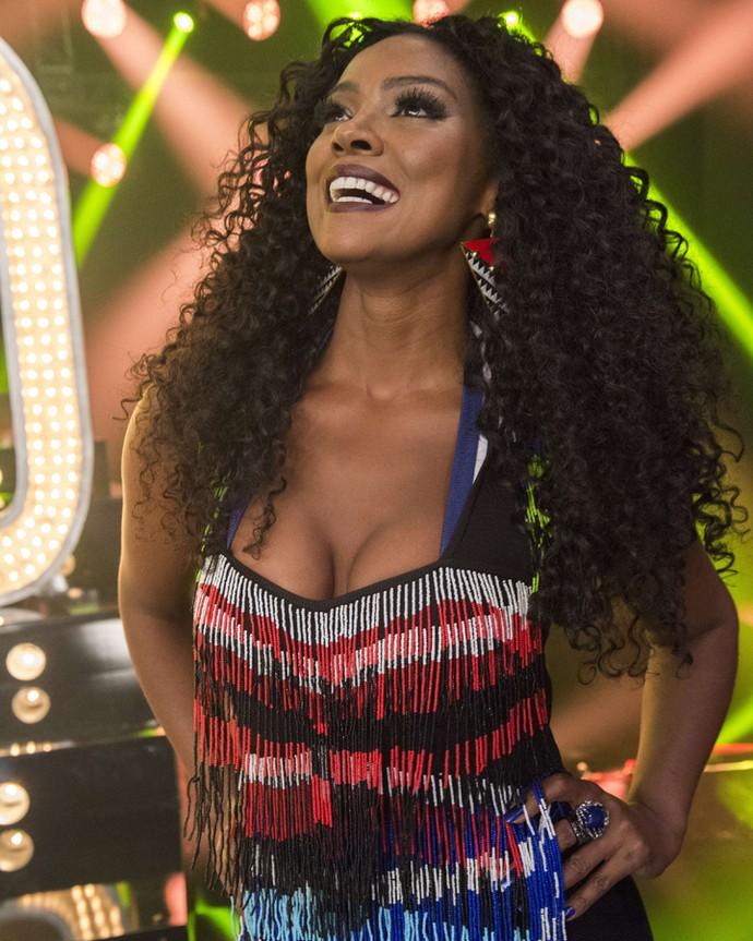 A atriz soltou a voz no palco do 'Amor & Sexo' (Foto: Estevam Avellar/TV Globo)