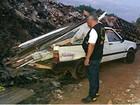 Fiscalização contra descarte irregular autua 5 e apreende carro em Londrina