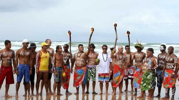 Surfe homenagem Olimpinho (Foto: Divulgação/ Fotocom.net)
