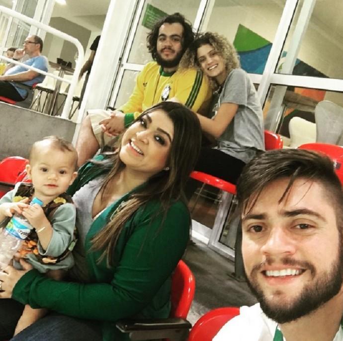 Preta Gil e a família reunida durante a Rio 2016 (Foto: Arquivo Pessoal)