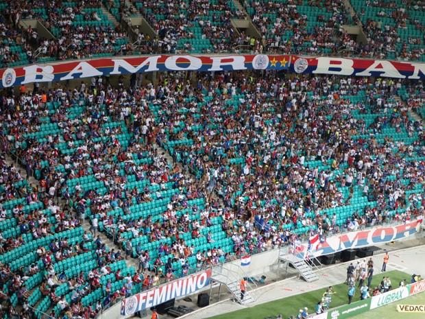 Parte da torcida do Bahia siau antes do término a partida (Foto: Egi Santana/G1)