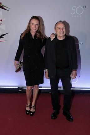 Stênio Garcia e a mulher (Foto: Marcello Sá Barretto e Alex Palarea / AgNews)