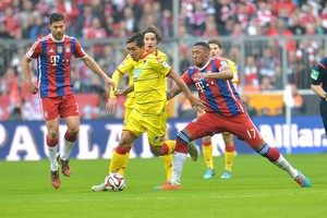 Jerome Boateng e Roberto Firmino, Bayern de Munique x Hoffenheim (Foto: AP)
