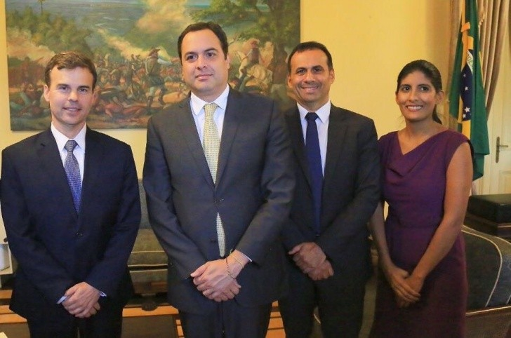 John Barrett, Paulo Câmara,  Sérgio Xavier e Paloma González