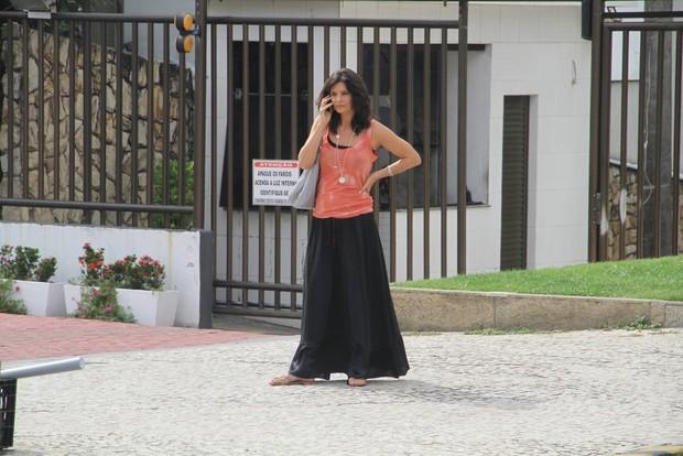 Helena Ranaldi gravara em hotel na praia da barra da tijuca, RJ (Foto: Marcus Pavão/Agnews)