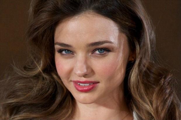 Miranda Kerr revela dicas para manter a pele bonita  (Foto: Getty Images)