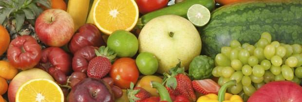 Varie as frutas na geladeira de acordo com a estação do ano (Foto: Think Stock)