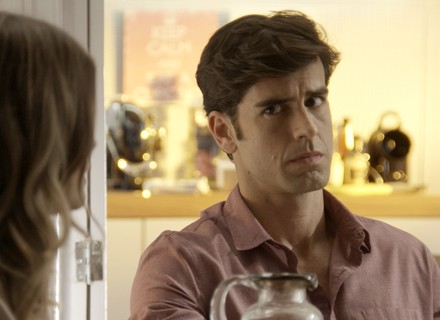 Felipe enfrenta Jéssica para defender Shirlei