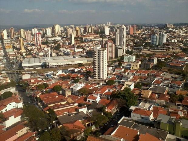 Sorocaba é vista do alto e de ângulos diferentes (Foto: Anderson Cerejo/TV TEM)