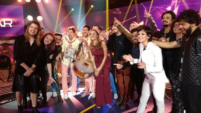 Bandas finalistas comemoram participação no último episódio do SuperStar Web (Foto: Carolina Berger/Gshow)