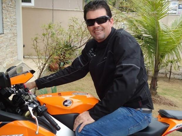 Um dos suspeitos ostentava motos e carros de luxo nas redes sociais, em Goiás (Foto: Divulgação/Polícia Civil)
