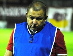 Orlando da Hora, técnico do Cachoeiro (Foto: Henrique Montovanelli/Desportiva Ferroviária)
