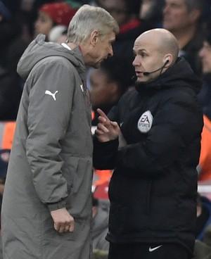 Arsene Wenger Arsenal x Burnley (Foto: Reuters)