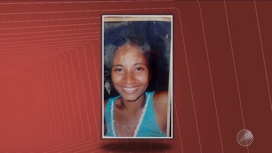 Mulher morta por homem após descobrir que filha era abusada é enterrada na BA