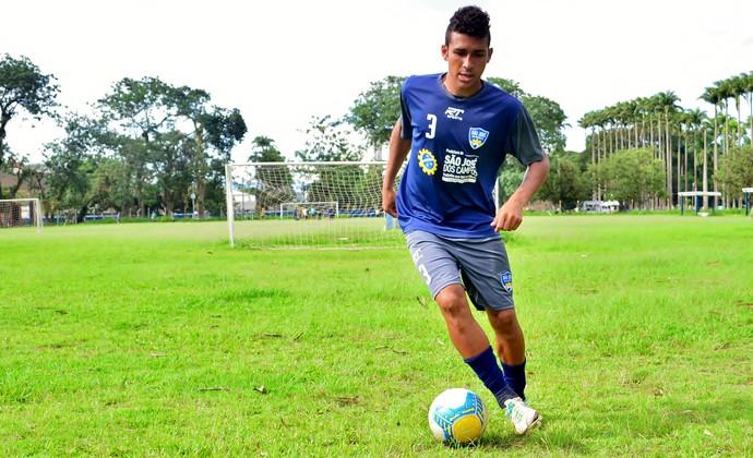 Arthur meia São José dos Campos FC (Foto: Danilo Sardinha/GloboEsporte.com)