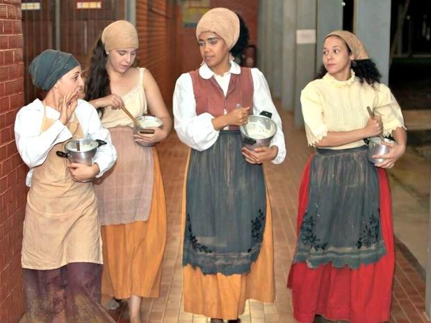 Orejanas é um grupo formado por seis mulheres do curso de artes cênicas da Ufac (Foto: Divulgação)