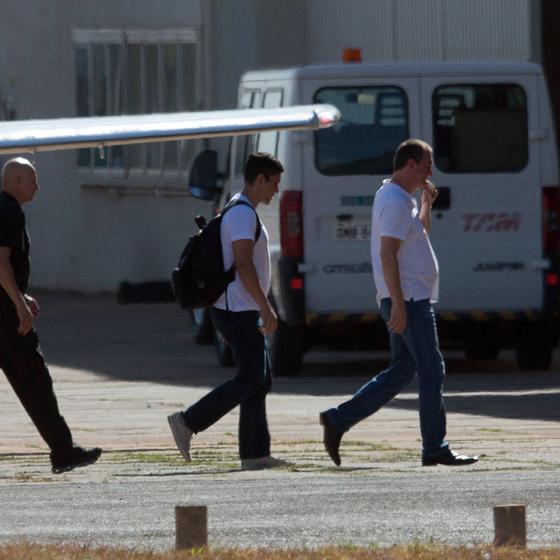 Chegada do empresário Joesley Batista, presidente da JBF, no hangar da Polícia Federal em Brasília. (Foto: Sergio Dutti/ÉPOCA)