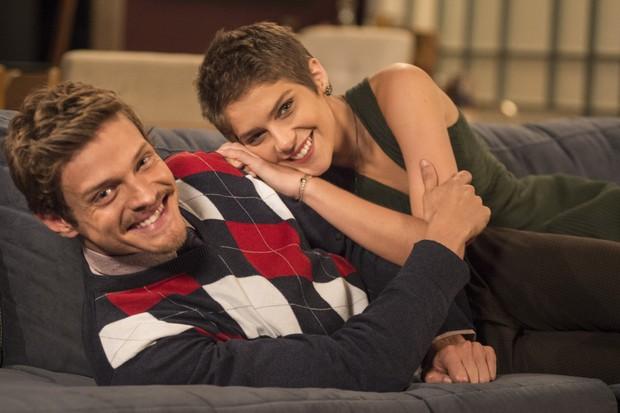 Antonio (Pierre Baitelli) e Leticia (Isabella Santoni) (Foto: Globo/Mauricio Fidalgo)