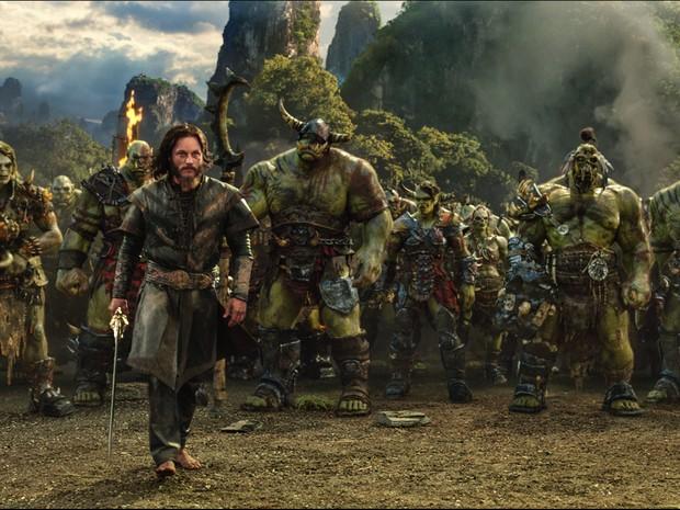 Travis Fimmel interpreta Anduin Lothar em 'Warcraft: O primeiro encontro de dois mundos' (Foto: Divulgação)