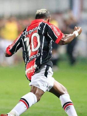 Marcelinho Paraíba Joinville meia (Foto: Divulgação/Joinville EC)