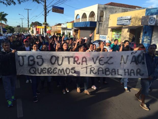 Protesto Presidente Epitácio (Foto: Murilo Zara/TV Fronteira)