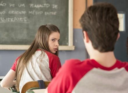 Fábio e Manuela se estranham no primeiro dia de aula