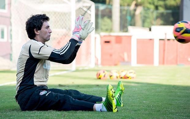 Náutico está perto de contratar o goleiro Ricardo Berna, do Fluminense